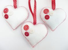 Felt Buttony Heart Ornament by Devonly Crafts