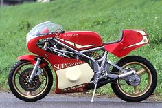 Straightspeed: Niko Bakker Yamaha RZ Cafe Racer