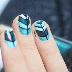 #Thesundaynailbattle // Back To School Nail art   PSHIIIT