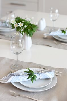 401 Best Simple Table Settings I Images In 2017 Centerpieces