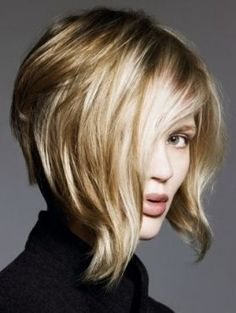 Idée coupe courte : Stylish Inverted Bob Hair Styles