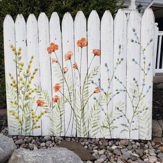 A light and airy picket fence Pallet Painting, Garden Painting, Pallet Art, House Painting, Painting On Wood, Garden Art, Fence Painting, Acrylic Painting Canvas, Canvas Paintings