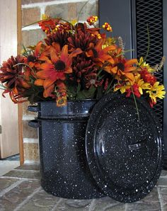 Clover House: Frugal Fall Decorating. This is pretty I guess, but an incredible waste of the canning pot. If you don't need your old canner, bring it to me. I have 300 cucumbers and 40 pounds of tomatoes.