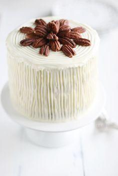 ... hummingbird cake ... recipe: http://call-me-cupcake.blogspot.de/2011/05/hummingbird-cake.html