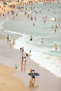 Ten Photographs To Remind You That It's Always Summer Somewhere Beaches In The World, Places Around The World, Around The Worlds, Australia Places To Visit, Bondi Beach Sydney, Famous Beaches, Destin Beach, Summer Pictures, Sydney Australia