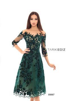 Tarik Ediz 93667 Evening Dress Lovely Dresses, Sexy Dresses, Evening Dresses, Long Dresses, Lace Dress Styles, Ivory Dresses, Sequin Dress, Dress Prom, Dress Wedding