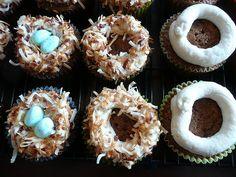 Juneberry Lane: Tutorial Tuesday: Bird Nest Cupcakes (An Easter Delight)
