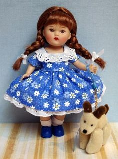 """Mini Ginny in ~DaiSY CRuSH~. A special hand tailored 2 Pc dress with matching bloomers for 5.5"""" Mini Ginny dolls. Matching set for Vogue Ginny 7.5-8"""" doll available in other auction. Double click on pix to take you there. Only at my ebay store and all ORIGINAL."""