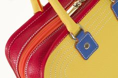Tote-handbag. Perfect seam. Small leather goods. Luxury and fashionable.