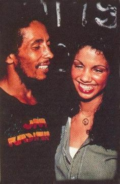 **Bob Marley** & Bianca Jagger ~1977. More fantastic pictures, music and videos of *Robert Nesta Marley* on: https://de.pinterest.com/ReggaeHeart/ Marley Brothers, Marley Family, Bob Marley Legend, Reggae Bob Marley, Ska, Robert Nesta, Nesta Marley, The Wailers, Stevie Wonder
