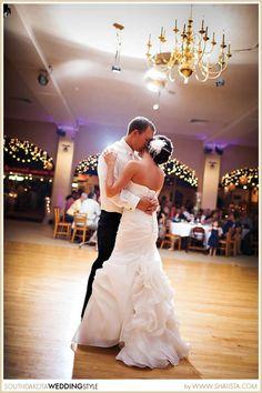 Sioux Falls SD Wedding By Shalista Photography Purple White At El Raid Shrine