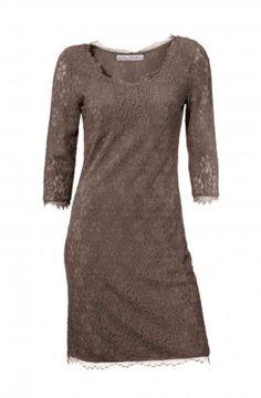 06cc7d708453 Návrhářské krajkové šaty ASHLEY BROOKE i pro plnoštíhlé