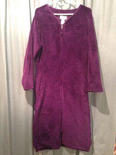 Oscar de la Renta Women's Purple Fleece Zip Front Robe Housecoat Satin Trim, S/M US $25.00 Pre-owned in Clothing, Shoes & Accessories, Women's Clothing, Intimates & Sleep