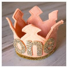 "DIY pink felt birthday crown with glitter ""one"" for girls - homemade felt crown, holiday crafts"