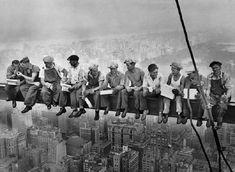 Vnuk Slováka z ikonickej fotky: Že je dedo slávny, sme zistili, až keď som šiel na výlet do Viedne, visel tam v obchodnom dome - Dobré noviny Tom Of Finland, Hunter X Hunter, Canvas Wall Art, Canvas Prints, Art Prints, Film Scarface, Lunch On A Skyscraper, Bernie Memes, New York