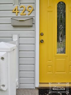 8 Inventive Ways To Display Your Address
