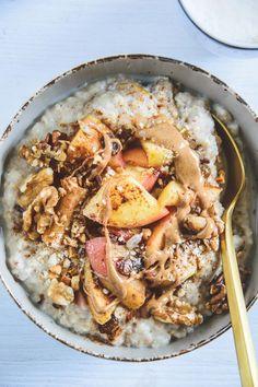 Vegan Porridge, Healthy Porridge Recipe, Porridge Recipes, Porridge Oats, Healthy Snacks, Healthy Eating, Healthy Recipes, Clean Eating, Brunch Recipes