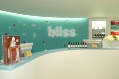 Welcome to Bliss Spa Chicago never been there but heard it's amazing love some of there stuff xoxoxox Bliss Spa, Beauty Spa, It's Amazing, Spas, Front Desk, Salons, The Neighbourhood, Chicago, Exterior
