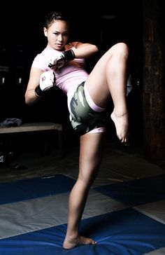 Michelle Waterson ~ Karate ~ MMA