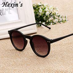 f0f3b8efe9e5c Moda Rodada Óculos De Sol Das Mulheres Lente Reflexiva óculos de sol de  Revestimento Do Vintage