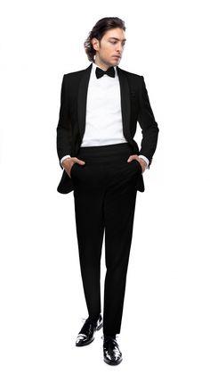 Costumul din imagini este alcătuit dintr-un sacou și un pantalon din 100% lână și poate fi asociat cu un brâu. Acesta este un model care dorește să atragă atenția către partea superioară a mirelui și se recomandă bărbaților care vor să pară mai înalți. Reverul de la sacou este sub formă de șal, are închiderea într-un singur nasture și se adresează bărbaților slăbuți, cu forma feței nu foarte rotundă.  La acest model se oferă brâul și accesoriile cadou (doar la varianta pe negru)! Oblivion, Costumes, Suits, Casual, Blog, Style, Fashion, Swag, Moda