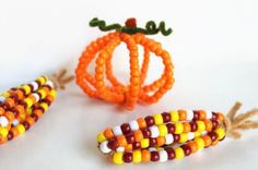 Pony bead corn is a fun kid's craft on Thanksgiving.