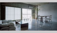 特集 OPENERS的ニッポンの若手建築家 PARTII 長坂 常 『Sayama Flat』(2008年)写真=太田拓実