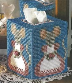 Missy Mouse Tissue Box Cover 1/3