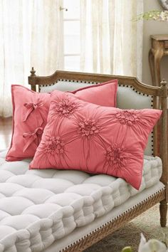 Make your home beautifully cozy with luxury bedding & home decor from Soft Surroundings. From knit blankets to throw pillows, shop from our timeless bed & home decor collections today. Diy Pillows, Decorative Pillows, Throw Pillows, Turquoise Cottage, Futons, Deco Originale, My Room, Pillow Covers, Pillow Shams