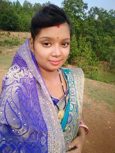 10 Most Beautiful Women, Beautiful Girl Indian, Indian Natural Beauty, Indian Beauty Saree, India Beauty, Girl Photos, Beauty Women, Desi, Girl Face