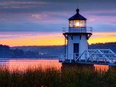 Proshots - Moon Rise Over Portland Head Lighthouse, Portland, Maine - Professional Photos