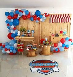 how to decorate candy bar paw patrol with balloons Paw Patrol Party Decorations, Balloon Decorations, Paw Patrol Cake, Paw Patrol Birthday, Paw Patrol Balloons, Bar A Bonbon, Kids Party Themes, Bbq Party, Balloon Arch