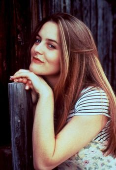BABYSITTER, THE, Alicia Silverstone, 1995 she comes and goes through Hollywood on her terms- she can take it or leave it- this is why we love her. Cher Clueless, Clueless Fashion, Cher Horowitz, Alicia Silverstone 90s, Berry, Sabrina Carpenter, Mean Girls, Pretty People, Girl Crushes