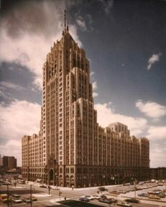 ART DECO Architecture The Fisher Building in 1989. PHOTO FROM THE DETROIT FREE PRESS ARCHIVES, Detroit, Michigan