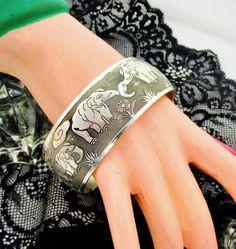 Vintage Bracelet Wide Cuff Silver Tone by SunburyVintageStore Elephant World, Elephant Love, Elephant Art, Elephant Design, Elephant Stuff, Elephant Parade, Elephant Jewelry, Vintage Bracelet, Bracelet Sizes