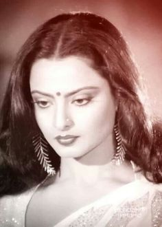 Rekha, who can be arguably termed India's Greta Garbo, continues to be Bollywood's ever-graceful style diva and still sets many a heart aflutter