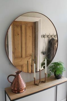 Hallway Furniture, Copper Mirror over Steel and Oak Console Table by Studio-Rae . Hallway Furniture, Copper Mirror over Steel and Oak Console Table by Studio-Rae More hallway table Hallway Decorating, Entryway Decor, Decorating Ideas, Decor Ideas, Entryway Lighting, Halls Pequenos, Decoration Hall, Hall Decorations, Hallway Mirror