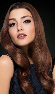 Love Makeup, Makeup Looks, Hair Makeup, Beautiful Celebrities, Beautiful Actresses, The Americans Tv Show, Celebrity Stars, Hande Ercel, Beauty