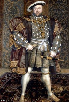 Hans Holbein der Jüngere - Portrait of Henry VIII of holbein Holbein Jüngere: Portrait of Henry VIII Kunstdruck, Leinwandbild Tudor History, British History, Art History, History Major, Strange History, European History, History Facts, Ancient History, Anne Of Cleves
