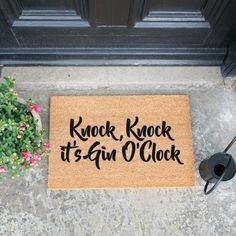 Give you and your guests a grand welcome to your home with a designer doormat from Artsy. All Artsy Doormats are crafted from a high quality tufted coconut fibre! Artsy Doormats are professionally dyed using exterior paints made to be durable and stick Front Door Accessories, Gin Gifts, Faux Pumpkins, Funny Doormats, Happy October, Coir Doormat, Oclock, How To Clean Carpet, Exterior Paint