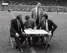 Bryan Robson signs on the pitch 3 October 1981 Prior to the Manchester United vs Wolves game future United legend Bryan Robson, complete with a full perm, complete his transfer to Ron Atkinson's side London Manchester, Manchester United Football, Martin Buchan, Steve Coppell, Joe Jordan, Bryan Robson, Bobby Charlton, Football Pitch, Old Trafford