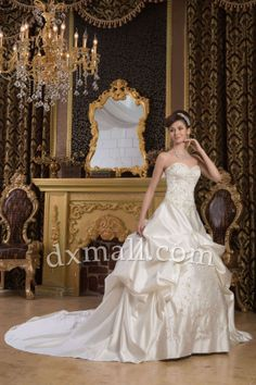 Ball Gown Wedding Dresses Sweetheart Cathedral Train Satin Champangne 010010200423