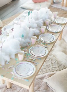 Birthday Party Decorations 487444359666890386 - This adorable dream themed sleepover birthday party celebrated a super special 4 year old. Jackie, talented creative behind Penelope Pots Floral Design, created the magical party for her daughter Penelope Cloud Party, Star Party, Sleepover Birthday Parties, Unicorn Birthday Parties, Kids Sleepover, 4th Birthday, Unicorn Party Decor, Fairytale Birthday Party, Birthday Gifts