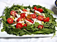 A quick arugula salad that is easy to prepare, very fulfilling, satisfying, and no stove needed! It is vegetarian and gluten free too!