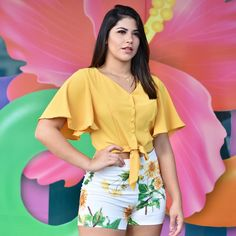 La imagen puede contener: 1 persona, texto Casual Summer Outfits, Girly Outfits, Spring Outfits, Casual Dresses, Cool Outfits, Fashion Dresses, Plus Fashion, Blouse Outfit, Blouse Patterns