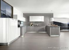 Contemporary kitchen layout - models and options Bright Kitchens, Elegant Kitchens, Beautiful Kitchens, Interior Design Kitchen, Modern Interior Design, Contemporary Kitchen Layouts, White Countertops, Style Deco, Cuisines Design