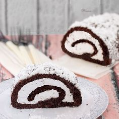 Flourless Chocolate Swiss-Roll - filled with whipped cream and ground chocolate. Chocolate Swiss Roll, Flourless Chocolate, Whipped Cream, Gluten Free Recipes, Rolls, Sunday, Cooking, Link, Sweet