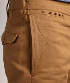 Inspiration for pocket detail ~ RRL 'Officer's Chino Selvage' pants. Mode Man, Men Trousers, Men's Pants, Tailored Trousers, Moda Fashion, Mode Inspiration, Fashion Details, Work Wear, Men Dress