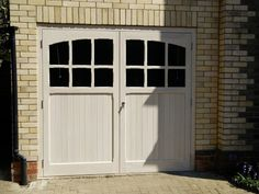 This unique farmhouse garage doors is seriously a magnificent design concept. Side Hinged Garage Doors, Metal Garage Doors, Garage Door Design, Garage Extension, House Extension Design, Extension Ideas, Sectional Garage Doors, Carport Designs, Garage Door Makeover