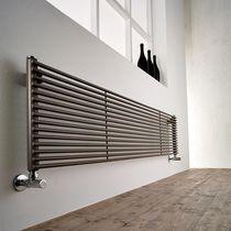 Heißwasser-Heizkörper / aus Metall / originelles Design / Vertikal ...